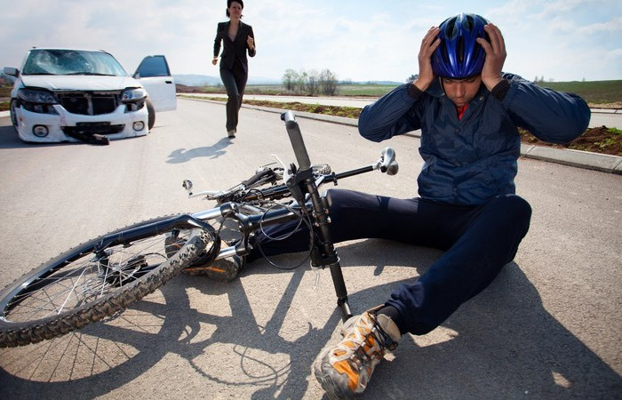 How to deal with post cycle collision legalities in Canada?